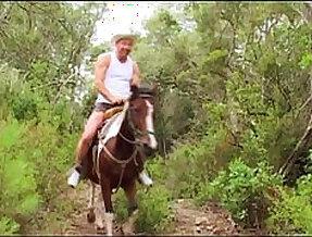 Le camping des foutriquets liza del sierra alyson ray lydia saint martin chloe delaure cynthia