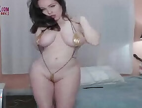 Super hot Busty big booty amateur on cam