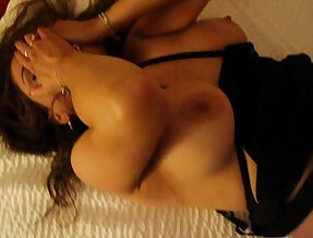Cuckold first bbc.. husband paid for the room
