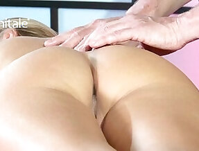 Dew of Pleasure Yoga Massage