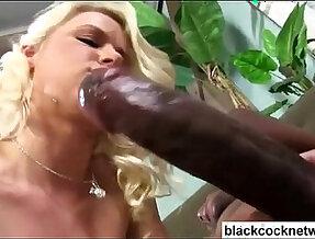 Massive black girl with huge mamba black dick pounds blonde bitch