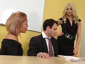 Anikka Albrite and Mena Mason Ass Worship