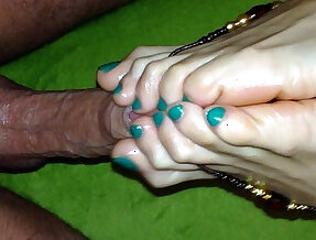 Do me with your feet